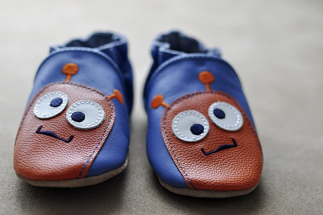 childrens-shoes