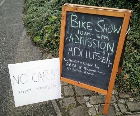 bike-show-sign
